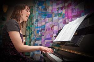 Eva de Mooij - Singer/songwriter